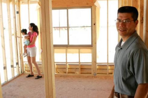 Hard Money Lender: Couple in home under construction