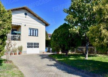 Foto 1 di Villa via Ramperga, Busano
