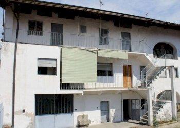 Foto 1 di Casa indipendente piazza Vittorio Emanuele, Vistrorio