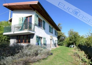 Foto 1 di Villa via Massera, Prarostino