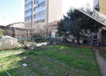 Foto 1 di Villa a Schiera via Imperia, Torino