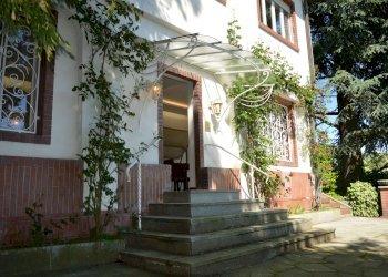 Foto 1 di Villa strada del Morozzo, Torino