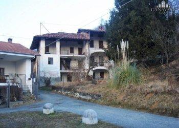 Foto 1 di Casa indipendente via Santuario, Cintano