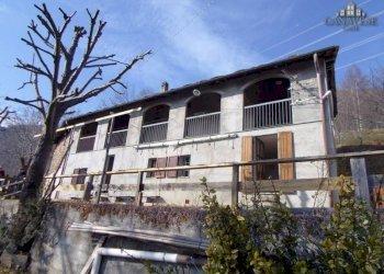 Foto 1 di Casa indipendente Frazione Lassere, Frassinetto