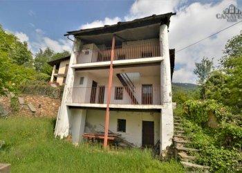Foto 1 di Casa indipendente Frazione Ferrero, Canischio