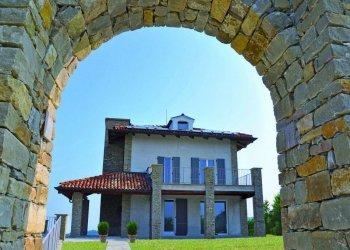 Foto 1 di Villa Corso Cortemilia, Alba
