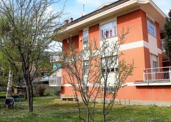 Foto 1 di Trilocale via mazzola, 6, Piasco