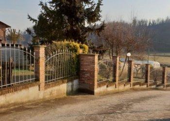Foto 1 di Rustico / Casale callianetto, Asti