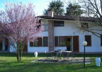 Foto 1 di Villa località Vallebenedetta, Asti