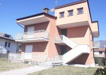 Foto 1 di Appartamento Via Copetta, Dronero