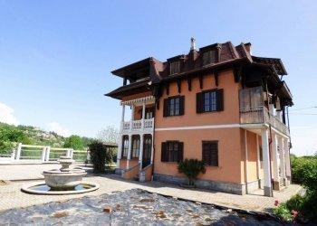 Roccavione, villa storica indipendente con ampi spazi via Michele Enrici 1