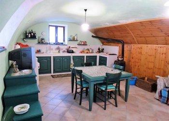 Foto 1 di Rustico / Casale Borgata San Maurizio, Frassino