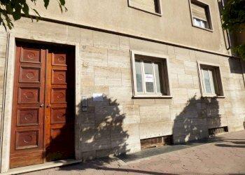 Foto 1 di Quadrilocale Lungogesso Giovanni XXIII, Cuneo