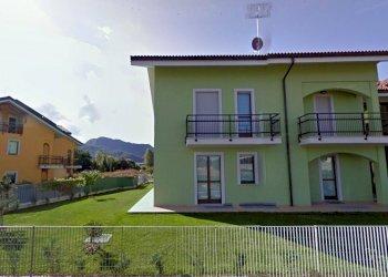 APPARTAMENTO CON GIARDINO PRIVATO E BOX AUTO via Isonzo