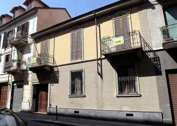 Foto 1 di Casa indipendente via Sesia, Torino (zona Barriera Milano)