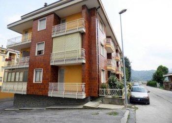 Borgo S.D. ampio trilocale in posizione comodissima via Stura