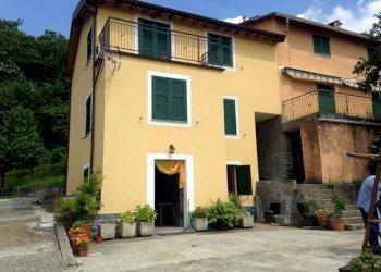 Foto 1 di Casa indipendente VIA CEVASCO, Bargagli