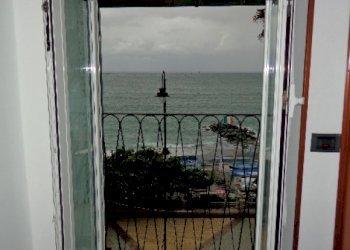 Foto 1 di Mansarda Lungomare di Pegli, Genova (zona Pegli)