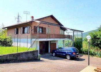 Foto 1 di Villa Frazione Santi, Pratiglione