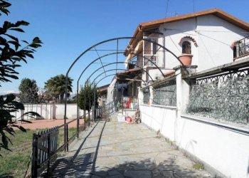 Foto 1 di Casa indipendente via Giuseppe Garibaldi, Montalenghe