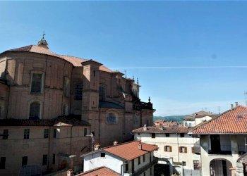 Foto 1 di Quadrilocale via Gallinotti, Strambino