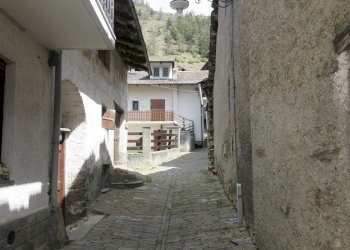 Foto 1 di Monolocale via Asietta, Usseaux