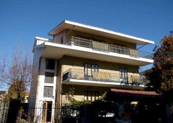 Foto 1 di Quadrilocale via Sestriere, Collegno