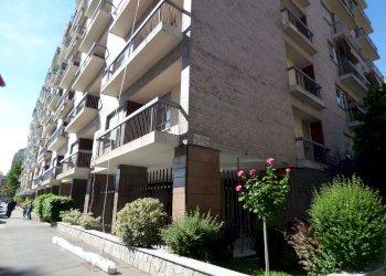 Foto 1 di Quadrilocale via Bobbio, Torino