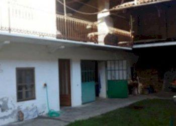 Foto 1 di Casa indipendente via Ricca, Bollengo