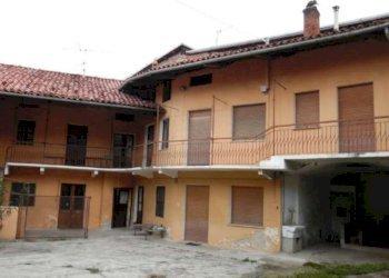 Foto 1 di Casa indipendente via Roma, Vialfrè