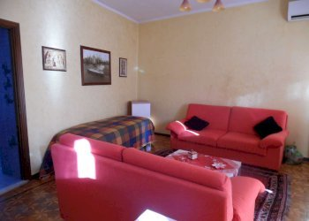 Foto 1 di Casa indipendente via Torino, Orio Canavese