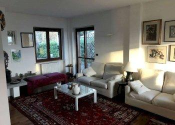 Foto 1 di Villa Bifamiliare via Vignassa, Pino Torinese