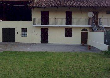 Foto 1 di Cascina via Regione Pozzo, Chivasso