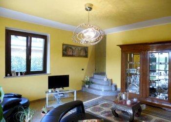 Foto 1 di Villa Unifamiliare viale Boscoverde, Rivarossa