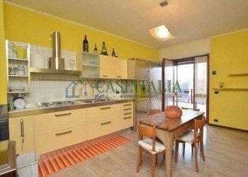 Foto 1 di Appartamento via della Galluzia, Banchette