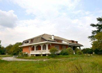 Foto 1 di Villa strada Feletto-Agliè, Ciconio