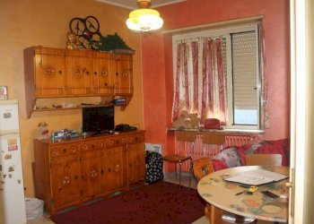 Foto 1 di Appartamento via Duino, Torino