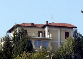 Foto 1 di Villa via sant'ignazio, 37, Lanzo Torinese