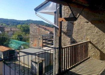 Foto 1 di Casa indipendente via bossatti, Rueglio