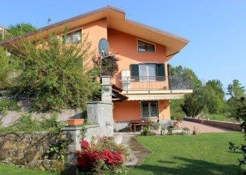Foto 1 di Villa via Maresco, Burolo