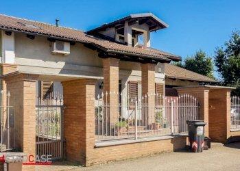Foto 1 di Villa via Carmagnola, Pralormo