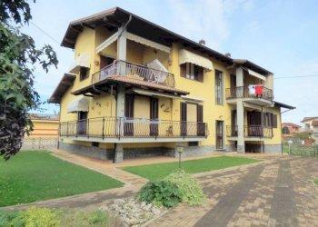 S. CHIAFFREDO 5 LOCALI DI AMPIA METRATURA CON TERRAZZO E BOX via San Francesco d'Assisi