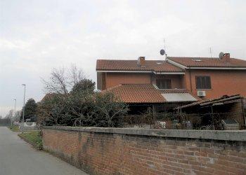 Foto 1 di Villa via Gabriele D'annunnzio, La Loggia