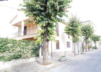Foto 1 di Stabile - Palazzo via Roma, Rocca Sinibalda