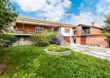 Foto 1 di Villa via delle Alpi, 44, Roccaforte Mondovì
