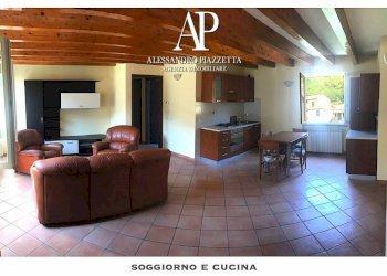 Foto 1 di Appartamento via Genova, Cicagna