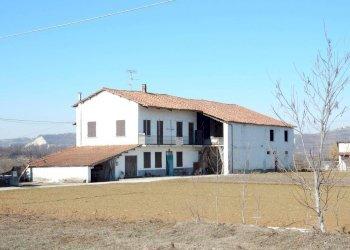 Foto 1 di Cascina Via Nazionale31, Lesegno