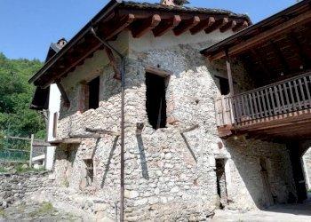 Foto 1 di Casa indipendente Via San Matteo, Valgrana