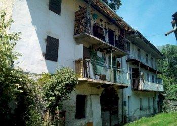 Foto 1 di Stabile - Palazzo via Villanova, Bobbio Pellice
