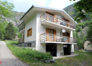 Foto 1 di Villa Venaus